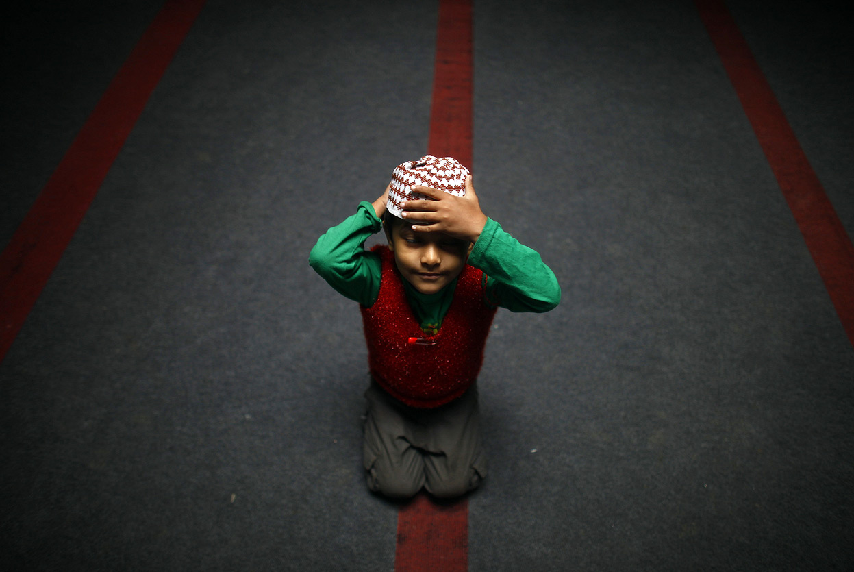 Those Kids Go Rough During Taraweeh – Shouldn't Bring Them Along!